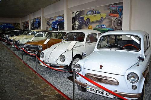 Достопримечательности Украины: Музей ретро-автомобилей