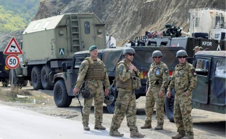Сербия привела войска в боевую готовность из-за действий Косово