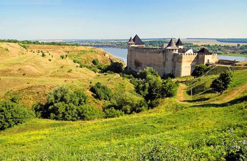 Достопримечательности Украины: Хотинская крепость