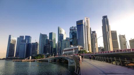 Сингапур раздаст жителям полмиллиарда ...