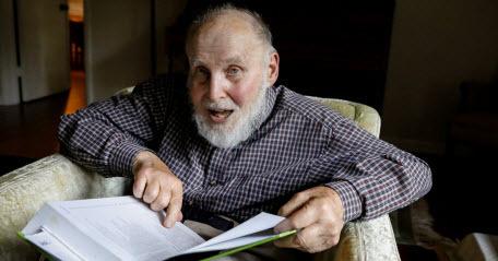 Нобелевскую премию в области физики получил почти 96-летний ученый