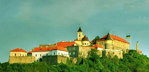 Достопримечательности Украины: Замок Паланок или Мукачевский замок