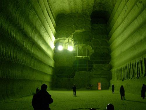 Достопримечательности Украины: Соледарская соляная пещера