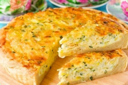 """Мамины секреты """"Пирог с плавленным сыром и луком"""""""