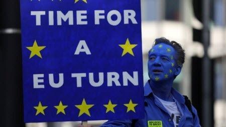 Манифестанты в Лондоне потребовали новый референдум по Брекзиту