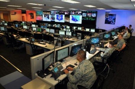 США начали первую кибероперацию по защите выборов от России