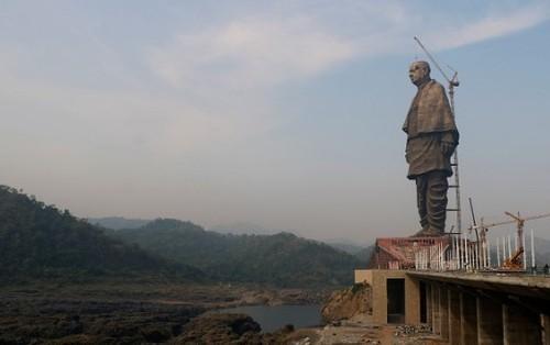 В Индии возвели самую высокую статую в мире