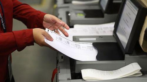 Флорида назначила пересчет голосов на выборах. Трамп возмущен