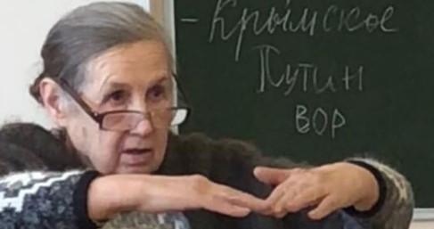 «Сталина на вас нет»: педагог отчитала учеников из-за фразы о Путине