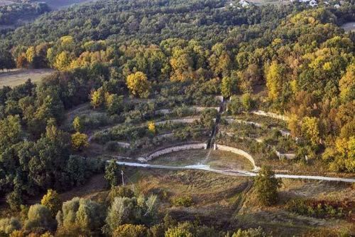 Достопримечательности Украины: Харьковская область - Поющие террасы