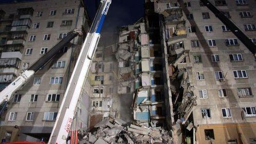Обрушение подъезда жилого дома в Магнитогорске: семеро погибших