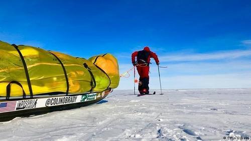 В одиночку и без посторонней помощи: впервые человек пересек Антарктиду