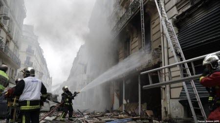В центре Парижа произошел сильный взрыв