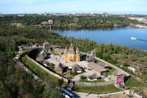 Достопримечательности Украины: Остров Хортица — колыбель Запорожской Сечи