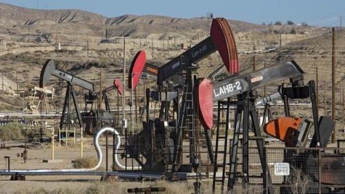 США увеличивают добычу нефти и обгонят РФ и Саудовскую Аравию уже к середине 2019 года