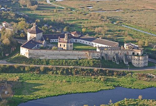 Достопримечательности Украины: Меджибожская крепость
