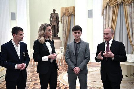 Путин посоветовал бизнесменам не «быть самым богатым парнем на кладбище»