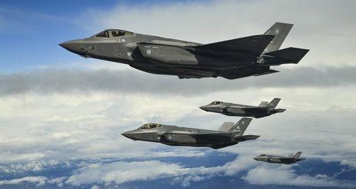 США заморозили поставку F-35 Турции из-за покупки Анкарой С-400