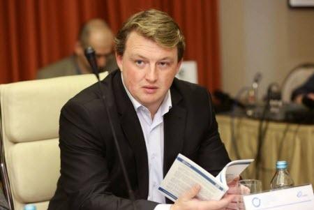"""""""Сначала ты гоняешь Газпром в хвост и в гриву, а потом тебе не продлевают контракт..."""" - Сергей Фурса"""