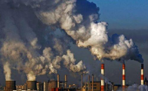 Что опаснее: грязный воздух или сигареты