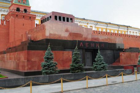 «Встань и иди»: кто покушался на мертвого Ленина