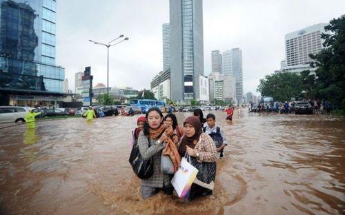 Непогода лишила Джакарту статуса столицы Индонезии