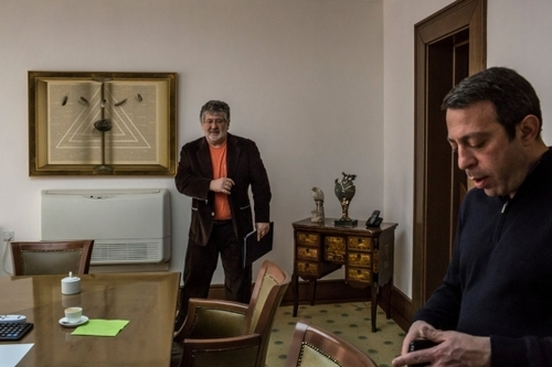 ПОВЕРНЕННЯ ОЛІГАРХА ВИКЛИКАЄ ТРИВОГУ В УКРАЇНІ