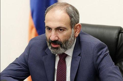 Пашинян призвал блокировать здания судов