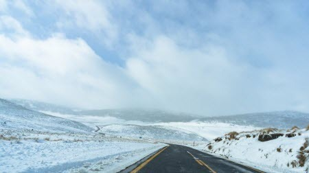 Австралию завалило снегом