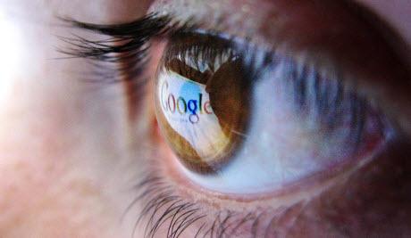 Известный историк назвал интернет угрозой для демократии
