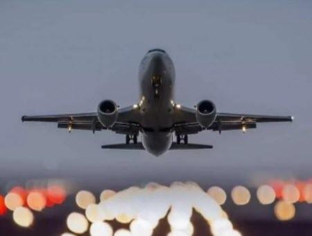 Очередная авария: вылетевший в Самару Superjet 100 вернулся в Москву