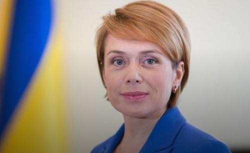 Авторам шкільних підручників дзвонять з рекомендаціями називати війну на Донбасі громадянським конфліктом