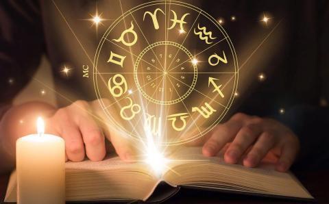 Можно ли верить гороскопам: почему все помешались на астрологии