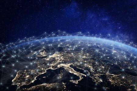 Amazon подал в FCC заявку на запуск 3236 спутников