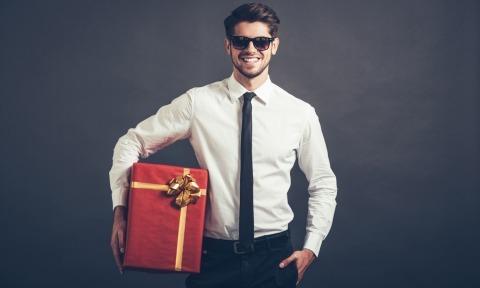 Как определить характер мужчины по его подаркам