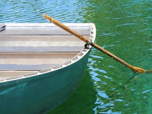 Прекрасный разврат на лодке