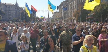 """""""Марш ветеранов, настоящих, а не ряженых - имеет свою особую цель"""" - Елена Кудренко"""