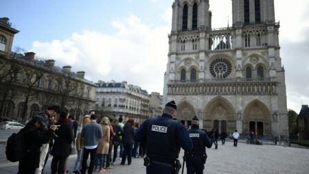 В Париже начался суд над пятью женщинами по делу о бомбе у Нотр-Дам