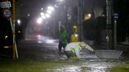 На Японию обрушился небывалый по силе тайфун