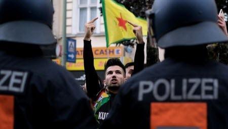 Евросоюз осудил турецкую военную операцию на севере Сирии