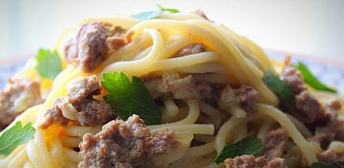 """Мамины секреты """"Спагетти с фаршем в сливочном соусе"""""""