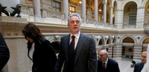 WP - Прокуроры США обнаружили связь Фирташа с Джулиани
