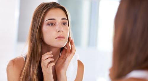 Как стресс влияет на кожу лица