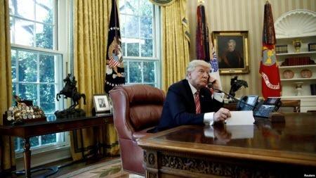 Оприлюднений зміст дзвінка Трампа і Зеленського відрізняється від прес-релізу Білого дому