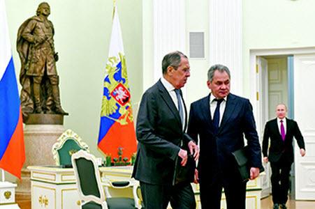 Константин Ремчуков: Анализ наиболее вероятных сценариев развития России в ближайшие годы