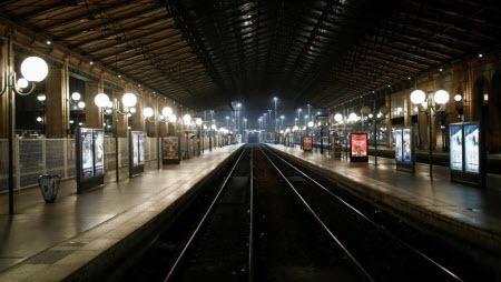 За черным четвергом — черный вторник: во Франции продлили забастовку