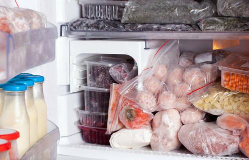 Эти продукты категорически нельзя замораживать