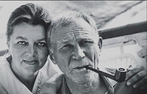 Иван Лапиков и Юлия Фридман: Как актёру удалось вернуть супругу, которая убегала от прошлой жизни