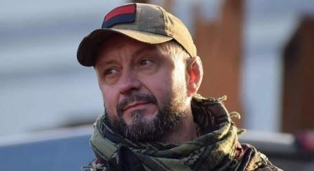 """Справа Шеремета: під крики """"ганьба!"""" суд арештував Кузьменко та Антоненка"""