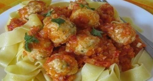 Мини-тефтели в томатном соусе